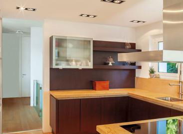 Dicas: cozinhas e lavanderias bem decoradas e práticas