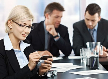 Uso de celular pode dar demissão por justa causa