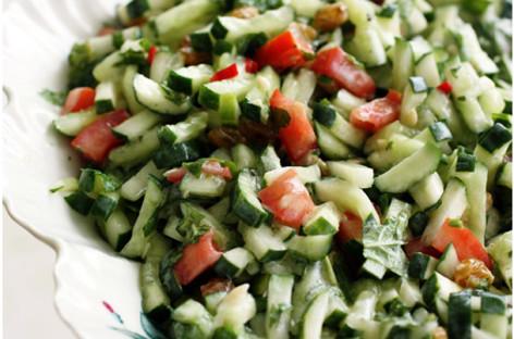Receita de Salada Árabe de Tomate e Pepino – Chef Henrique Burd