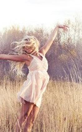Diferença entre pessoa feliz e alegre
