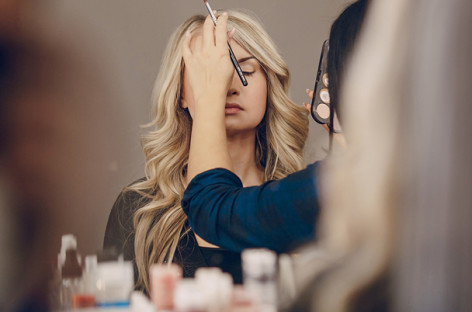 Dicas de maquiagem corretiva para realçar a beleza natural