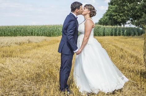 Noivas plus size: dicas para escolher o vestido de casamento perfeito