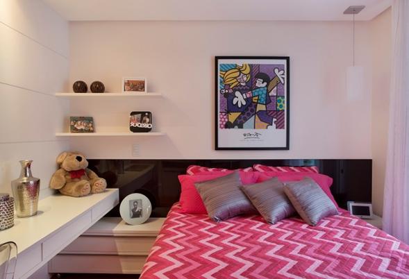 decoração quarto cor ultra violet bh mulher